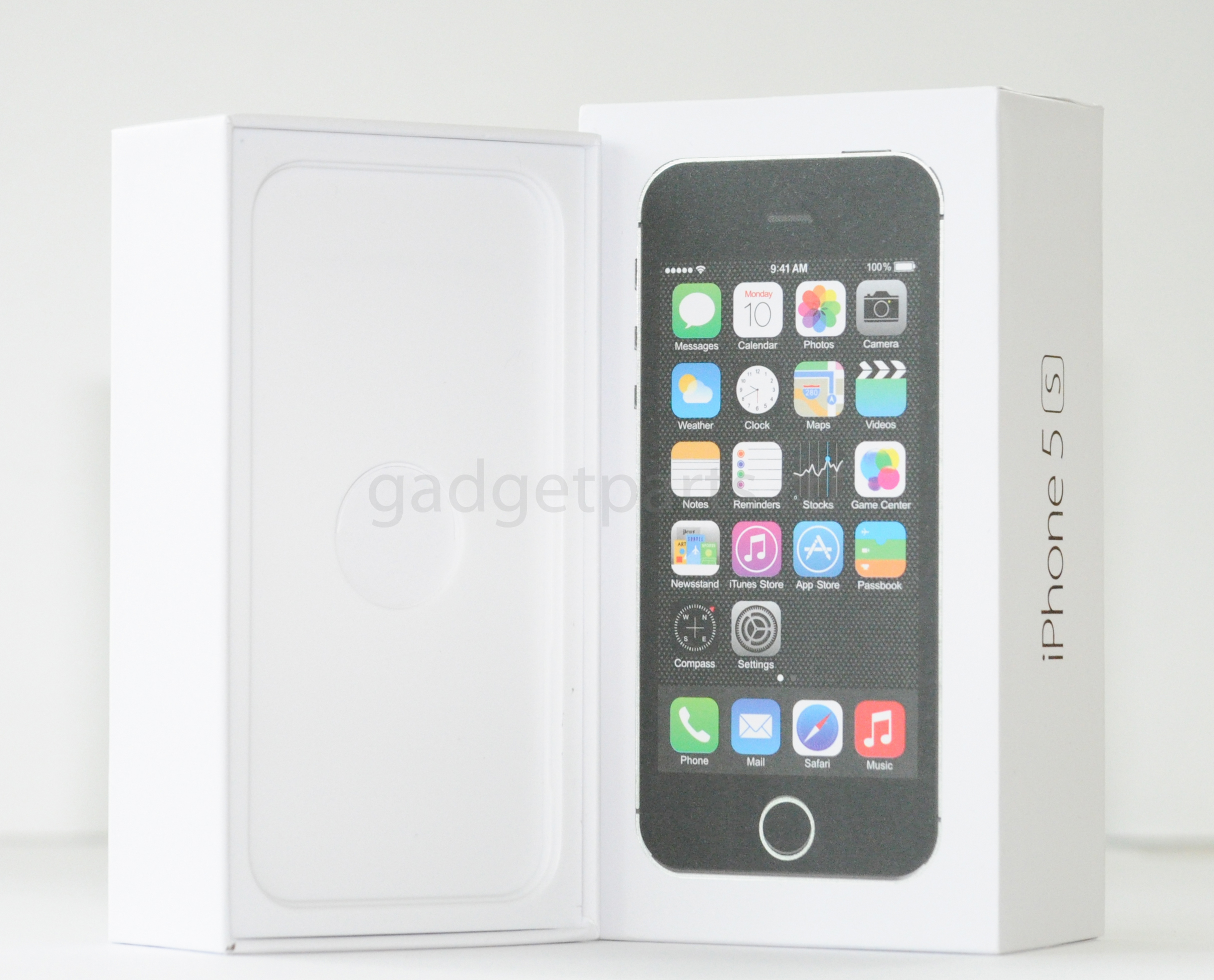 Обои для iphone 5s на черном фоне